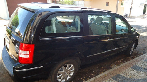 chrysler town & country * * 7 lugares * * 2008