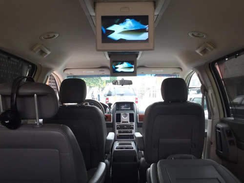 chrysler town & country dvd 3 pantallas camara reversa gps
