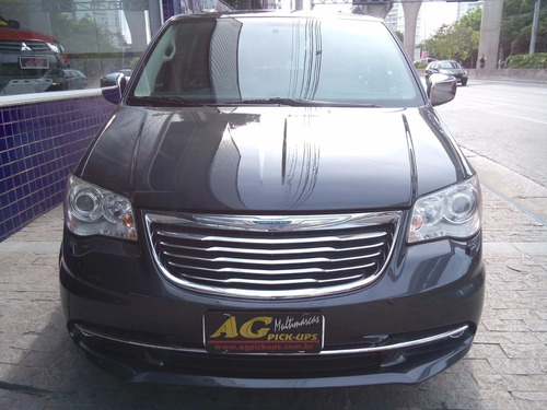 chrysler town & country limited 2011 3.6 v6 top 93000 km