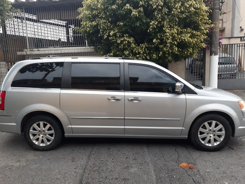 chrysler town & country limited r$ 44.500,00