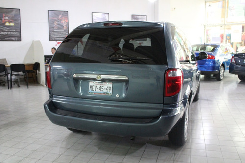 chrysler voyager lx at