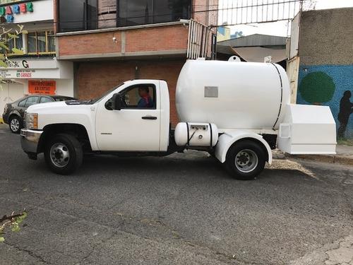 chulada de pipa de gas lp 4500 lts en chevrolet 3500 2010 !!