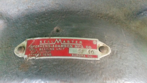 chumacera plana con rolinera seal master 15700