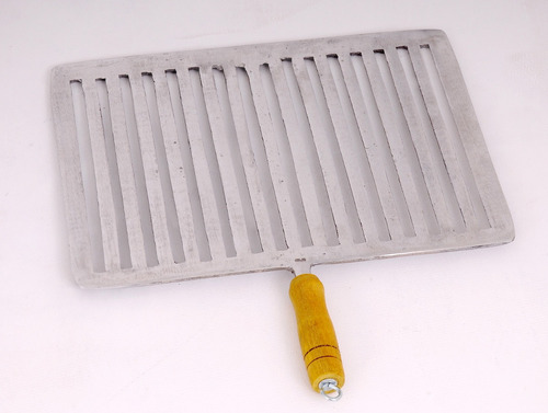 churrasqueira a bafo grossa aluminio batido economiza carvão