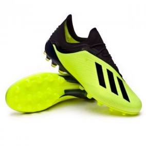 a06ea082d5 Chuteira Adidas F50 Preta Com Verde - Esportes e Fitness no Mercado Livre  Brasil