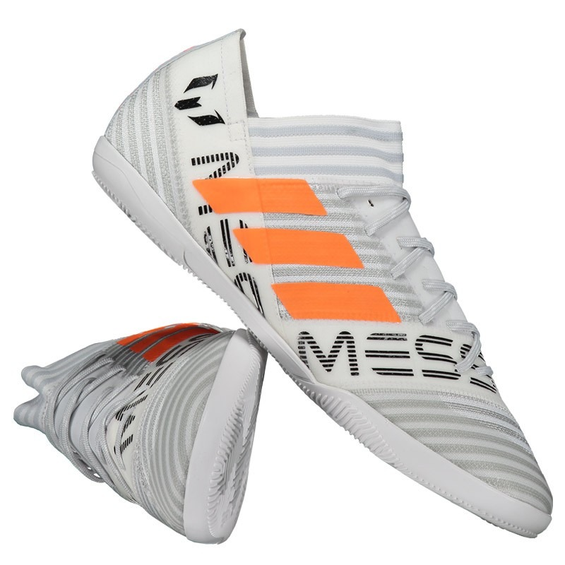 chuteira adidas nemeziz messi 17.3 in futsal branca. Carregando zoom. 3160538e2c90f