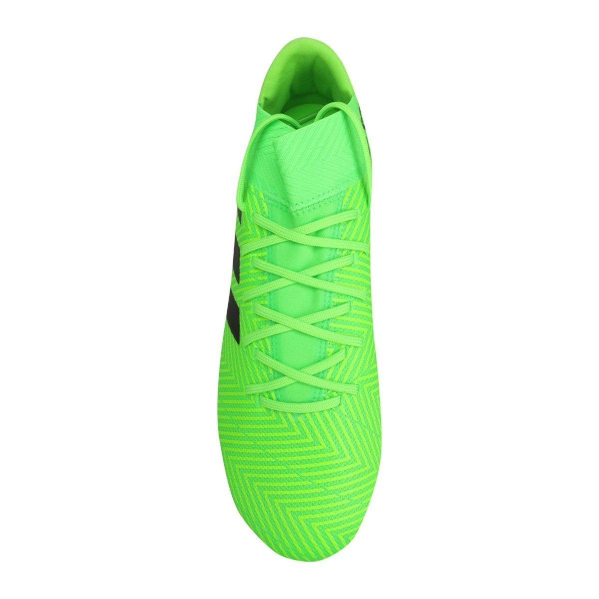 14baa787ab311 chuteira campo adidas nemeziz messi 18 3 fg masculina - verd. Carregando  zoom.