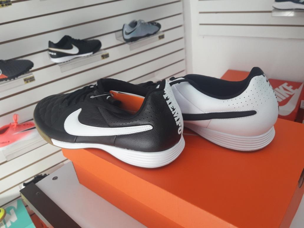4556b421dd Chuteira De Futsal Nike Tiempo Genio Leather Ic - R  239