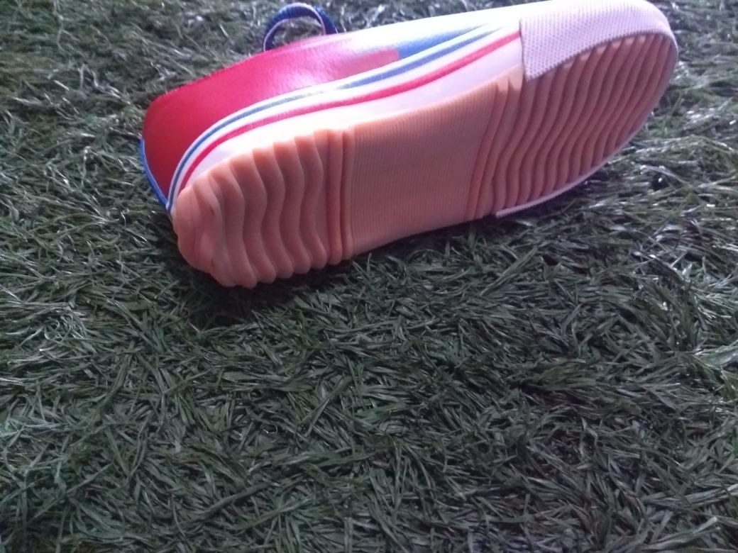 Chuteira Futsal Infantil Topper N28 - R  74 d30e8984bd367