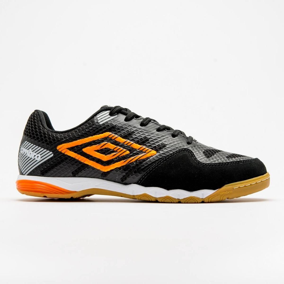 chuteira futsal umbro pro iv professional preto laranja. Carregando zoom. 9a5bf700ed768