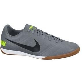 9ae87ffd8da Chuteira Nike Beco 2 - Esportes e Fitness no Mercado Livre Brasil