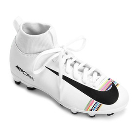 86f0477f82463 Chuteira Botinha Cr7 - Chuteiras Nike com Ofertas Incríveis no Mercado  Livre Brasil