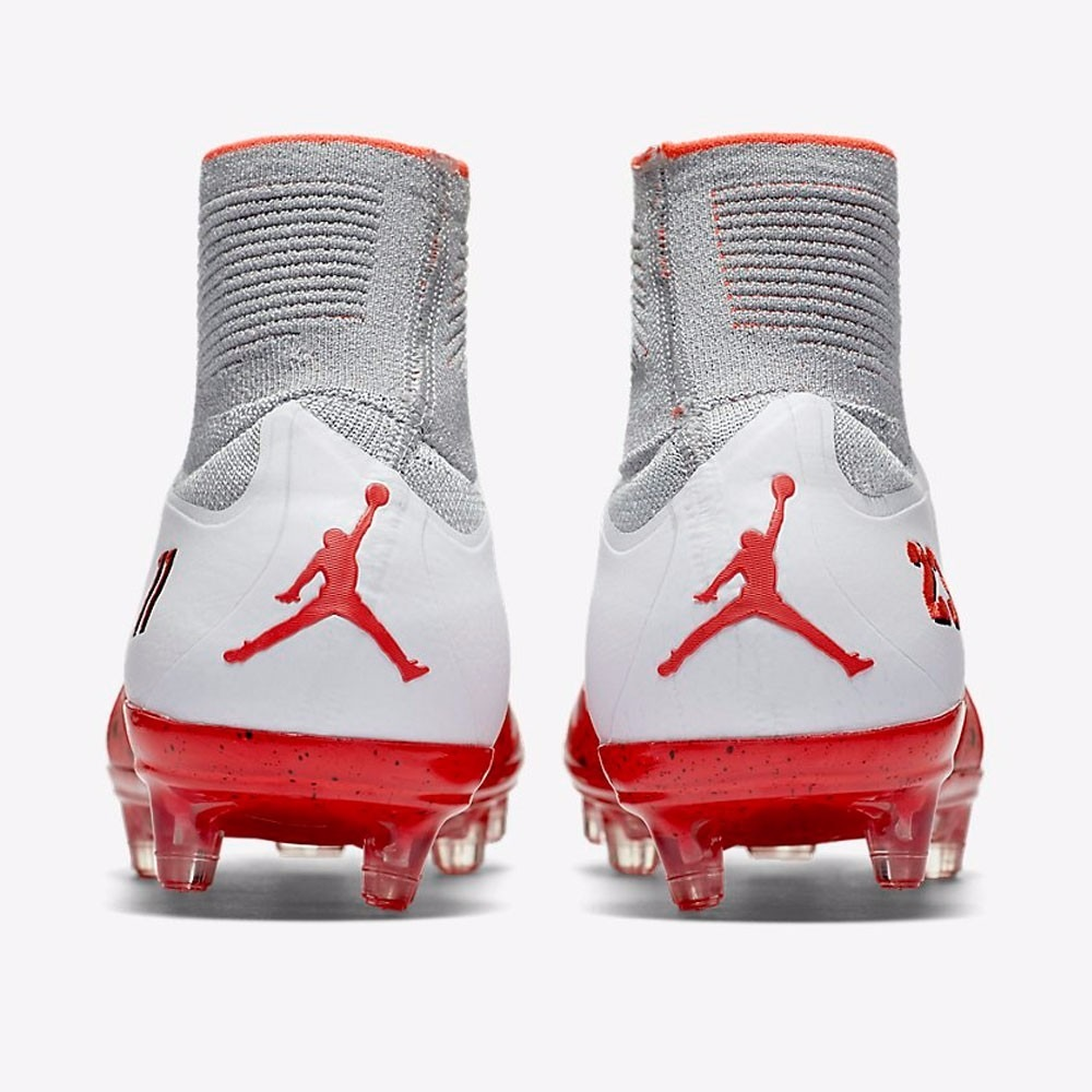 Chuteira Nike Hypervenom Phantom Ii Njr Campo - R  349 e6daea770fdb1