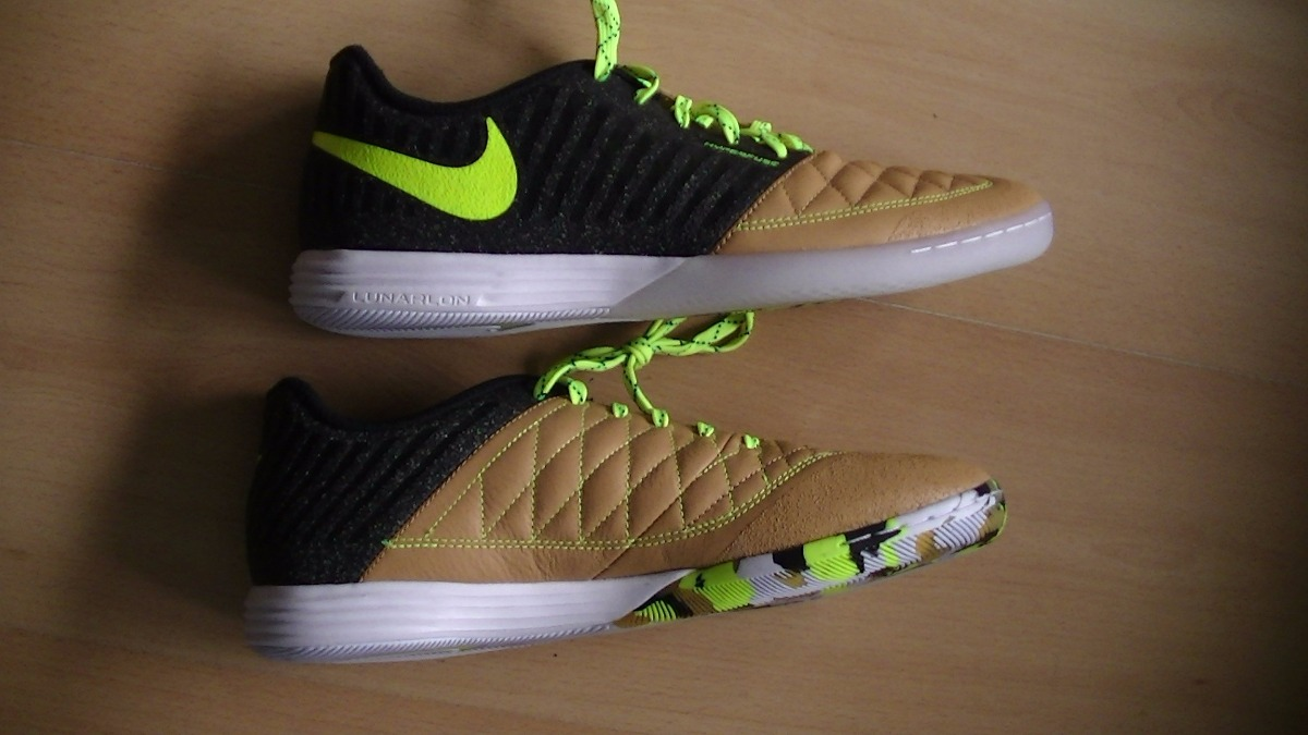 e4eda96dcfff3 Chuteira Nike Lunar Gato Futsal Profissional Nova Original - R  399 ...