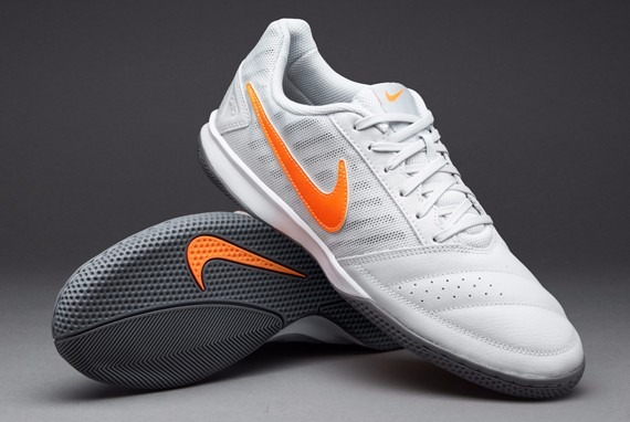 Chuteira Nike Gato Ii Ic Futsal Treino De R  279.90 Por - R  248 fe4de4d4cc400