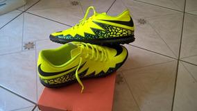 bd4d7f863599c Chuteira Society Nike Hypervenom Phelon 2 - Esportes e Fitness no Mercado  Livre Brasil