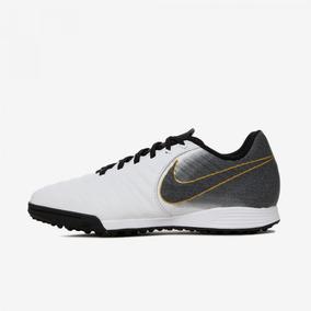 5561b83271a Chuteiras Da Nike De 100 Reais Para Baixo - Esportes e Fitness no Mercado  Livre Brasil