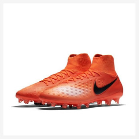 222b1ec6cef0b Chuteira Nike Cano Alto - Esportes e Fitness com Ofertas Incríveis no Mercado  Livre Brasil