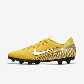 25a84baa0dad1 Nike Mercurial Vapor Amarela Com - Chuteiras com Ofertas Incríveis no  Mercado Livre Brasil