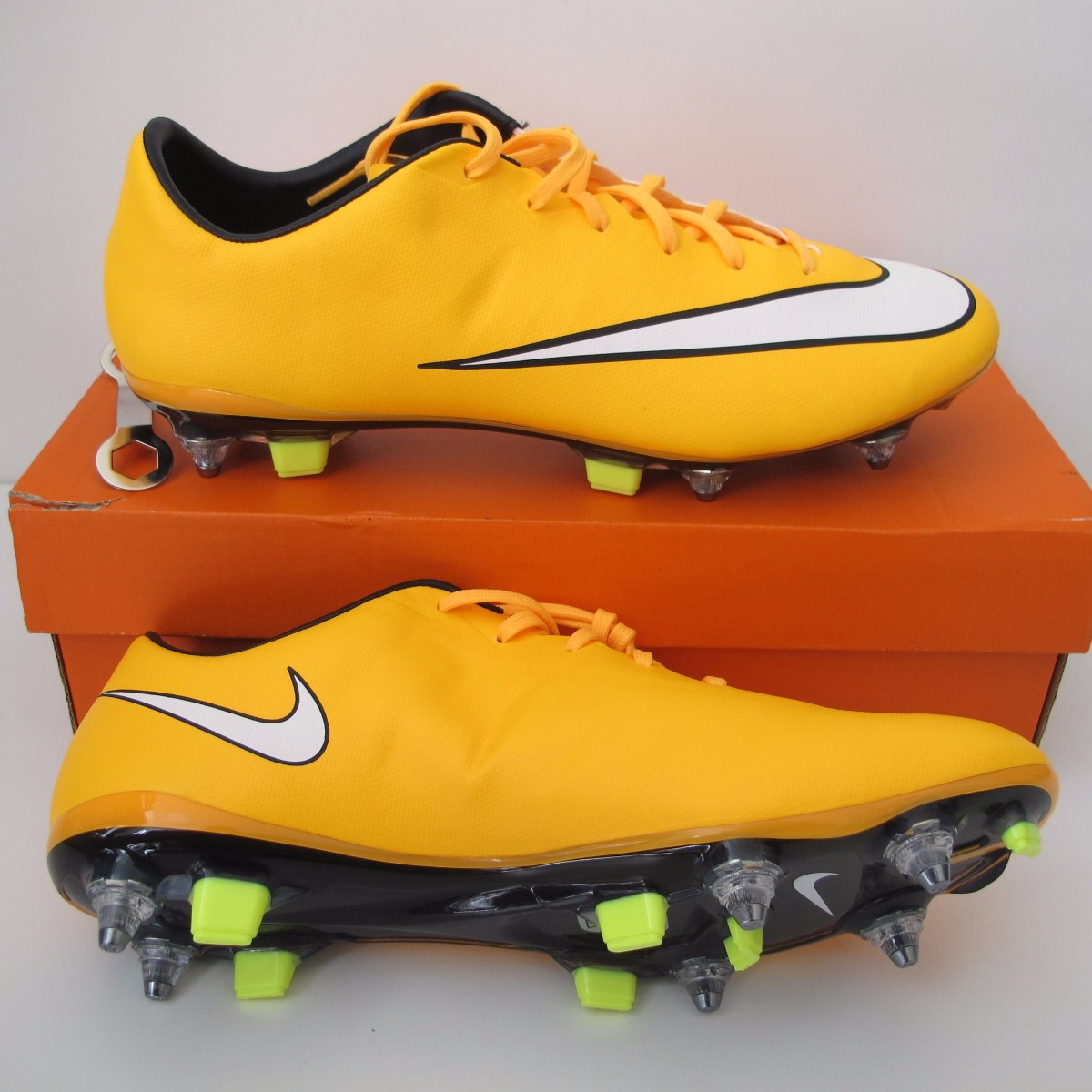 37032f5789 ... chuteira nike mercurial veloce sg pro trava mista original. Carregando  zoom. shoes for cheap ...