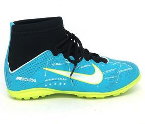 45daeab1e9 Chuteira Nike Cano Alto Infantil Tamanho 31 - Esportes e Fitness no Mercado  Livre Brasil