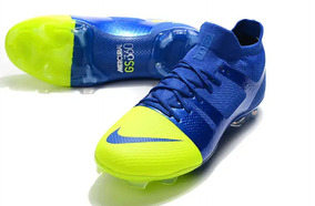 13b5e6eafb Chuteiras Nike Botinha Primeira Linha - Esportes e Fitness no Mercado Livre  Brasil
