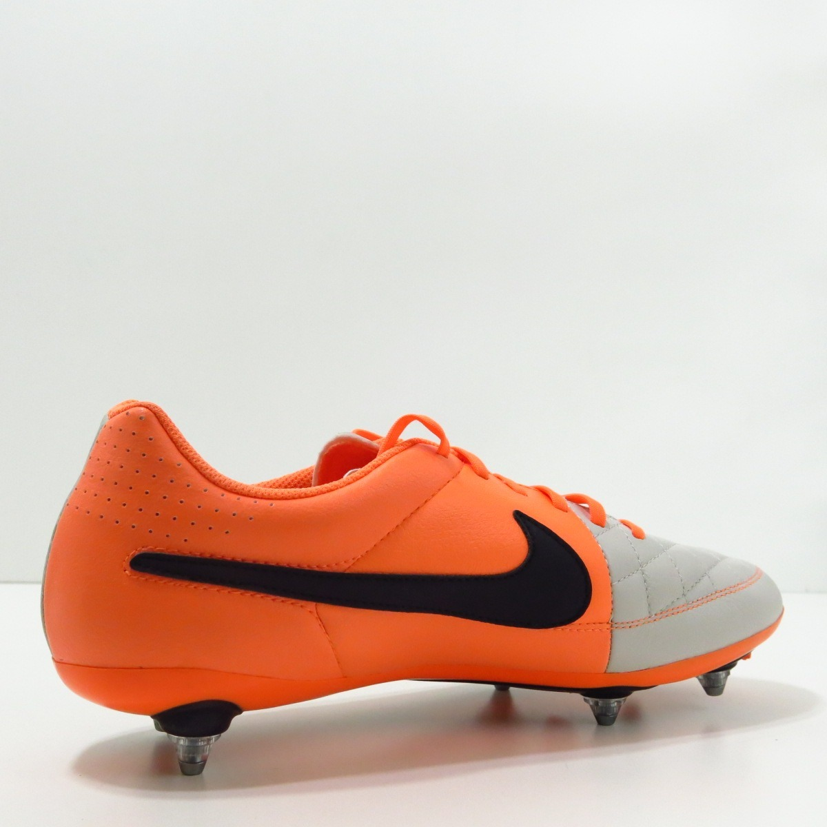 21d5abe098 Chuteira Nike Tiempo Genio Sg Couro Original Europeu - R  399
