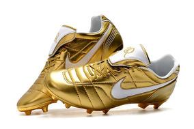 d3947b3f63 Chuteira Nike Tiempo Ronaldinho Gaucho Legend - Esportes e Fitness no  Mercado Livre Brasil