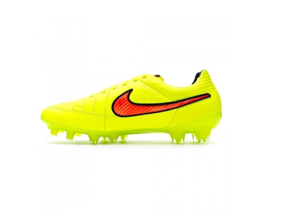 3aa1c49503435 Chuteira Nike Tiempo Legend V Fg Acc - R$ 400,00 em Mercado Livre