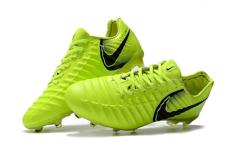 Chuteira Nike Tiempo Legend Vll Yellow Original Em Couro - R  299 0d0579b083922
