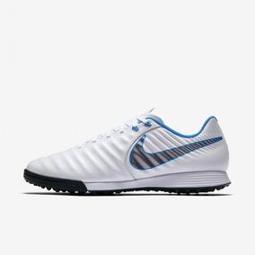 ff244a668b Chuteira Society Nike Tiempo - Chuteiras Nike de Grama sintética para  Adultos no Mercado Livre Brasil