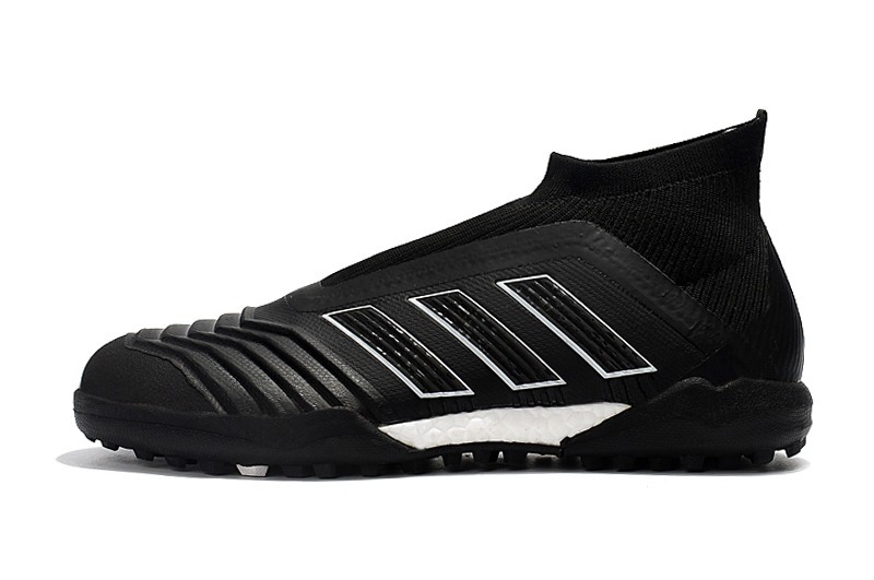 3ca6c6fe01 Chuteira Society adidas Predator 18 Black Profissional   - R  349