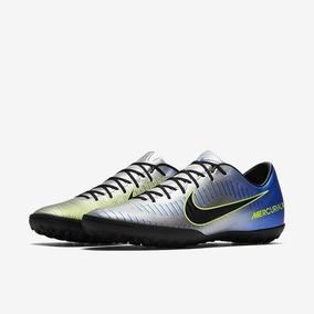 7a9afcb8f3815 Chuteiras Nike Mercurial Victory Ii Azul Bebe - Esportes e Fitness no  Mercado Livre Brasil