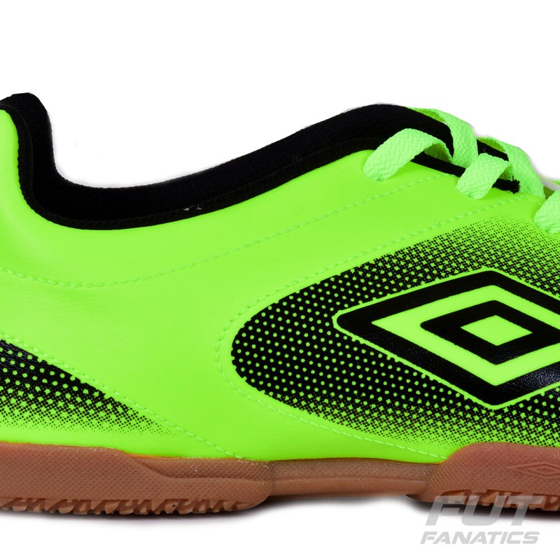 chuteira umbro striker in futsal verde - futfanatics. Carregando zoom. 5c0642f827576