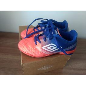 ba9215353378d Chuteira Futsal Infantil Umbro Usada Nº30 - Pronta Entrega