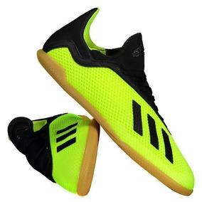 2d5e427d2a21f Chuteira De Futsal Adidas 11 Questra - Esportes e Fitness no Mercado Livre  Brasil