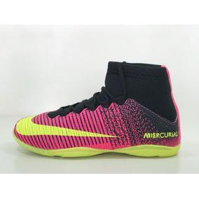 c054a7ba71af8 Chuteira Nike Mercurial Rosa E Branco Futsal - Esportes e Fitness no Mercado  Livre Brasil