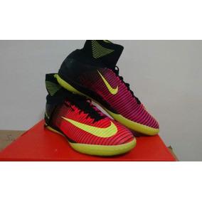 5bd5b2acaf9d0 Chuteira Usada Nike - Chuteiras Nike para Adultos no Mercado Livre ...