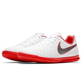 dab9fa035272e Nike Magistax Proximo - Chuteiras Nike para Infantis no Mercado ...