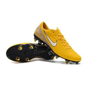 d36b5db6f8 Chuteira Da Nike Sem Trava - Chuteiras Amarelo no Mercado Livre Brasil