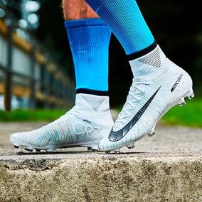 7139c0cf88c41 Chuteira Nike Ronaldo R9 - Esportes e Fitness no Mercado Livre Brasil