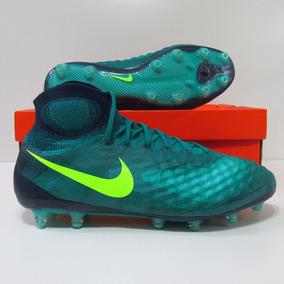 561695f66f4e1 Chuteira Nike R9 98 Edição Especial - Chuteiras de Campo para ...