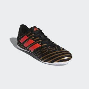e0264b5c5dd8a Chuteira Futsal Messi Dourada - Esportes e Fitness no Mercado Livre Brasil