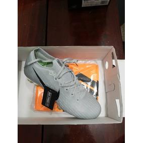 b9ab087590cb9 Edição Limitada Chuteira Nike Cristiano Ronaldo Adultos - Chuteiras ...