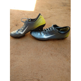 4a2c99ae27d0a Chuteira Nike R9 2006 - Futebol no Mercado Livre Brasil