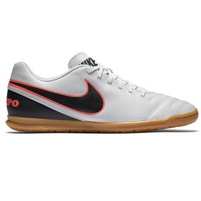 b17ffff267e Tenis Futsal 100 Reais Nike - Esportes e Fitness no Mercado Livre Brasil