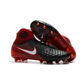 cbbd3d5ecf1ab Chuteira Botinha Vermelha - Chuteiras Nike de Campo para Adultos no ...