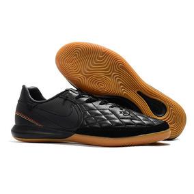 0c3d261255 Chuteira R10 Ronaldinho Preta - Chuteiras Nike para Adultos no ...