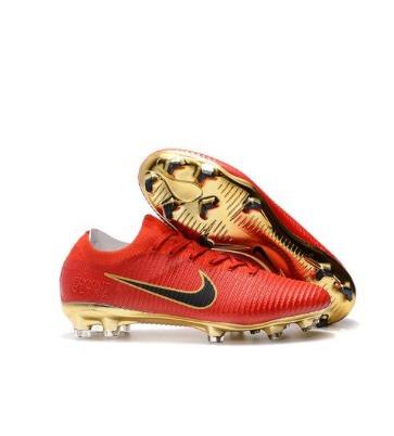 1a825083a0 Chuteiras Profissionais Nike Ou adidas - R  400