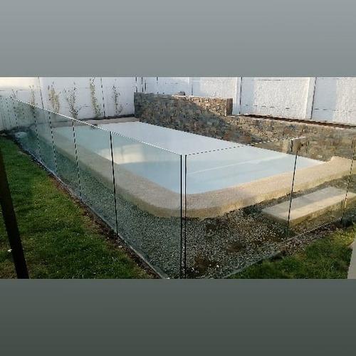 cierre perimetral de picina de vidrio templados
